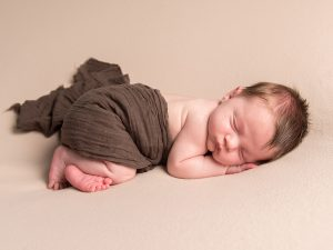 newborn-photographer-cirencester