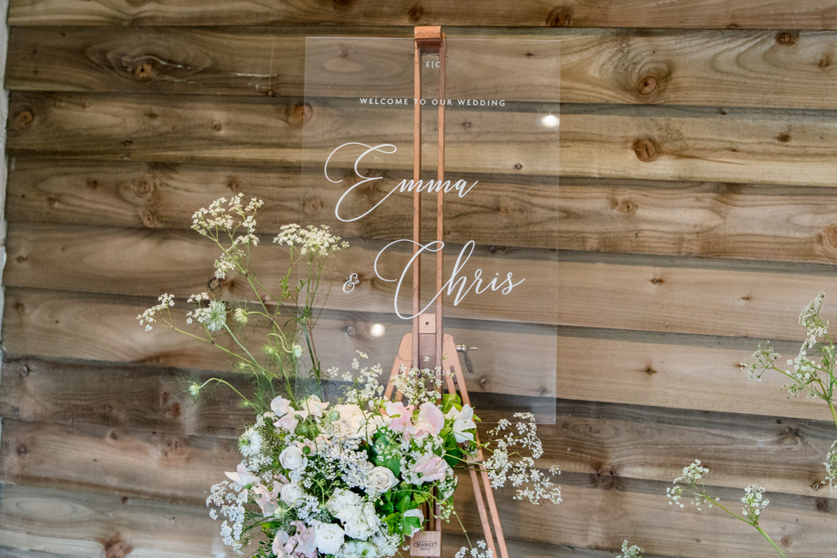 Lapstone-barn-wedding-photographer